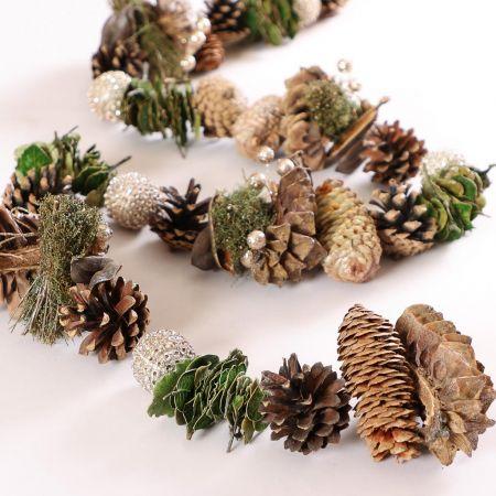 Long Woodland Christmas Garland