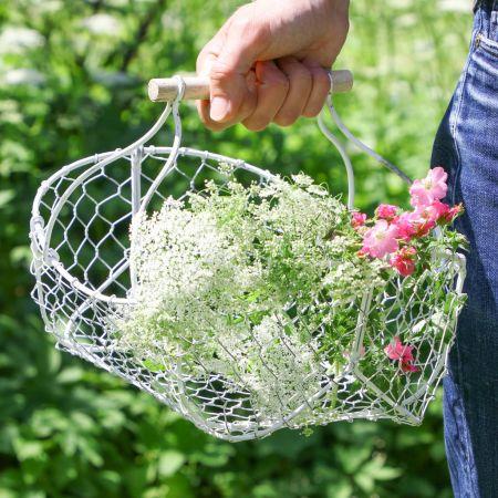 Farmhouse White Wire Garden Flower Trug