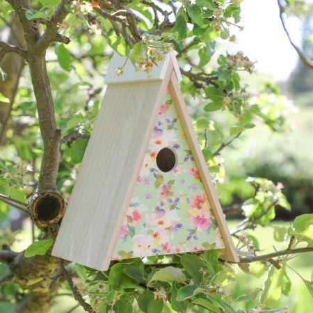 wall mounted bird house for the garden