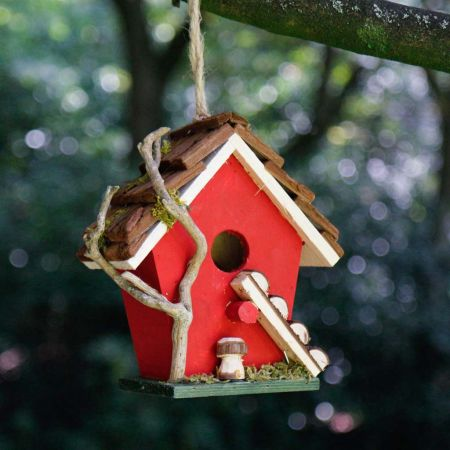 Hanging Robin Red Bird House