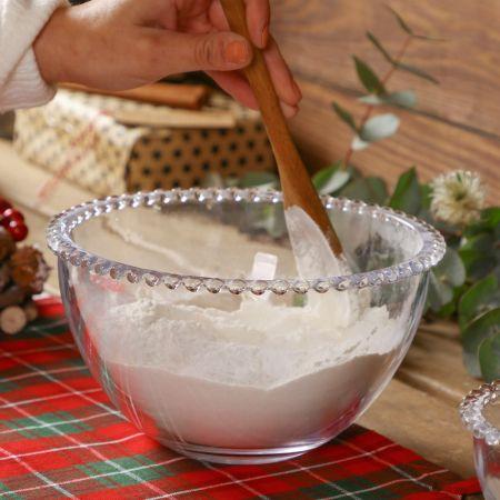 glass mixing bowl
