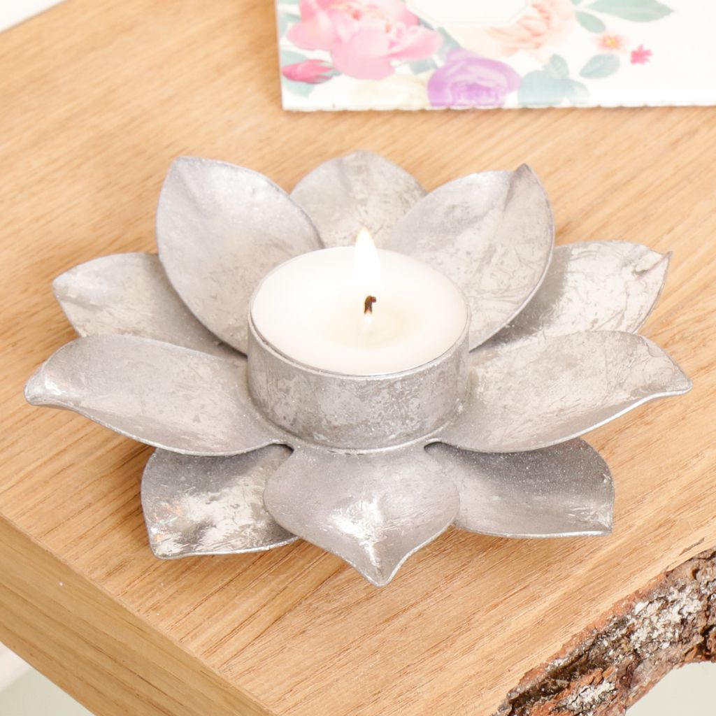 Silver Petal Tealight Candle Holder