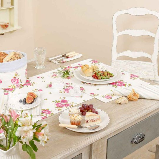 Helmsley Blush Vintage Table Linen