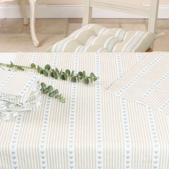 Country Heart Blue Table Linen