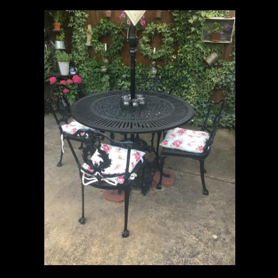 Set of 3 Helmsley Blush Garden Seat Pads