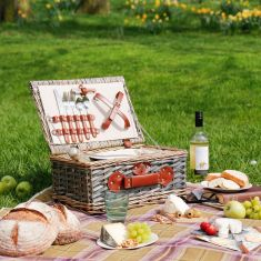 Soane's Country Picnic Hamper for Two