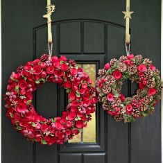 Traditional Roses Wreath Collection
