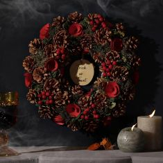 Blood Red Wreath 14