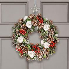 Cluster Berries Wreath Collection