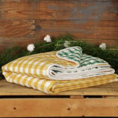 Quilted Gingham Throw Blanket