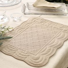 Set of 2 Bella Perle Quilted Placemats